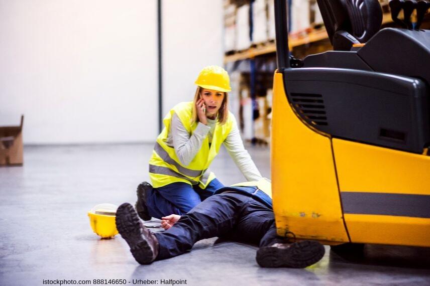 Betriebliche Gruppenunfallversicherung - Wann leistet eine Unfallversicherung?